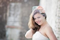 pictures of peach fascinators with birdcage | ... fascinators, Ivory peach Floral Fascinator with birdcage blusher veil