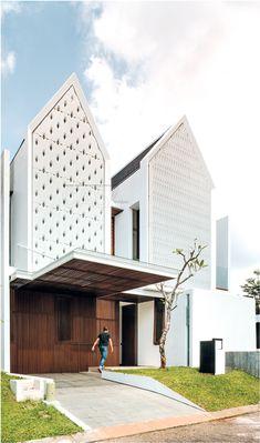 60 Ideas exterior architecture facade modern architects for 2019 Arch House, Facade House, House Paint Exterior, Exterior House Colors, Building Exterior, Facade Architecture, Residential Architecture, Facade Design, Exterior Design