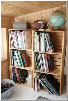 easy bookshelves. crates.