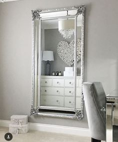 Love the mirror. decoration в 2019 г. bedroom decor, home decor и room Living Room Designs, Living Room Decor, Bedroom Decor, Tumbler Bedrooms, Dressing Room Closet, Closet Bedroom, Cute Home Decor, New Room, Home Furnishings