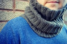 THE HUBBY COWL - CROCHET COWL