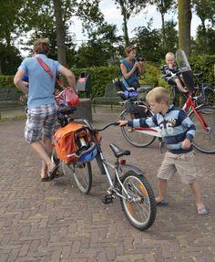 #35 dagen dag. 32 verbinding Twee fietsen is een, wie fietst ermee?