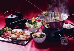 Chinesisches Fondue mit Fleisch, Fisch und Meeresfrüchten   Zeit: 1 Std.   http://eatsmarter.de/rezepte/chinesisches-fondue-8