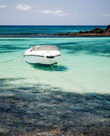 Oferta Vuelo + Hotel Fuerteventura Boat, Cheap Flights, Hotels, Viajes, Dinghy, Boats, Ship