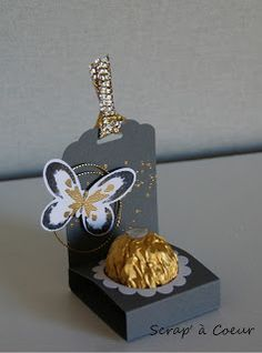 Scrap 'to Heart: Van goudstof voor kleine details . Diy And Crafts, Paper Crafts, Treat Holder, Candy Gifts, Butterfly Cards, Diy Box, Punch Art, Stamping Up, Craft Fairs
