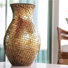 Vaso Mosaico de Vidro Dourado BELOUTIL