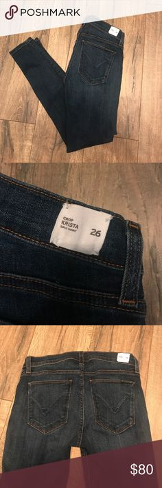 Hudson Krista Crop Jeans - Sz 26 Hudson Krista Crop Jeans. Medium wash. Never worn. Removed price tag but still have sewn on tag on jeans. Hudson Jeans Jeans Ankle & Cropped