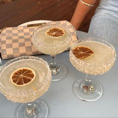 Fancy Drinks, Yummy Drinks, Yummy Food, Little Lunch, Cocktails, Aesthetic Food, Love Food, Food Inspiration, Cravings