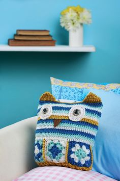 Crochet Owl Cushion free pattern pdf