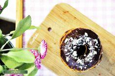 (10 donatów) Składniki: 2 szklanki mąki owsianej (bezglutenowej) 1,5 szklanki mąki kokosowej (my użyłyśmy : https://superzywnosc24.pl/pl/p/MAKA-KOKOSOWA-BIO-500-g-COCOMI/1918) ½ szklanki mleka migdałowego/ryżowego 1 łyżka sody oczyszczonej 2 jajka …