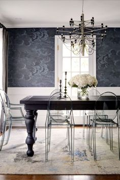 """Categorized as a """"daring, eclectic and sophisticated"""" on her website, Michelle Dirkse aims to please every client within a 100% satisfaction rate. To achieve that milestone, the interior designer treats each client in a bespoke and unique manner. Join Most Expensive Homes and discover everything."""