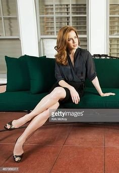 Amy Adams crossed legs in a black pencil skirt and open toe high heelsBest Celebrity Legs in High Heels Amy Addams, Actress Amy Adams, Amazing Amy, Rachel Weisz, Celebrity Beauty, Celebrity Photos, Women Legs, Celebs, Celebrities