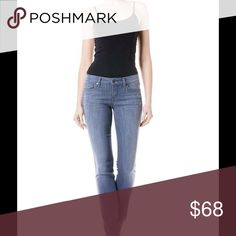 Skinny Jeans The Lavender Lily Skinny Straight is the definition of a classic pair of denim jean. The Lavender  wash with contrast stitching is so versatile that you could easily transition from day to night! Level 99 Jeans Skinny
