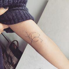 Sagittarius + moon  #tattoo #tattoos #ink #sagittariustattoo #moontattoo #constellationtattoo #hongdam #tattooisthongdam #별자리타투 #달타투 #타투 #홍담 #타투이스트홍담