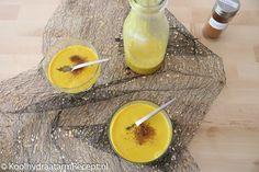 Kurkuma latte of Golden milk is een bijzonder opwekkend Indiaas drankje. Van die aangenaam zonnige kleur geel alleen al word je toch vrolijk?