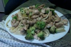 Chicken with broccoli and noodles in soy sauce