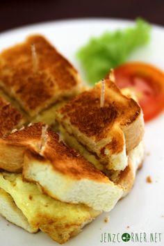 ham & omelette toast - Warung Ethnic Bandung