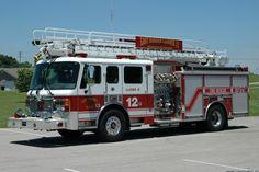 East Barren Volunteer Fire Department (KY) 2002 American LaFrance w/ TeleSqurt Ladder, 500 Gallon Tank, 1500 GPM Pump Volunteer Fire Department, Rescue Vehicles, Fire Apparatus, Emergency Vehicles, Fire Dept, Fire Engine, Fire Trucks, Firefighter, Ladder