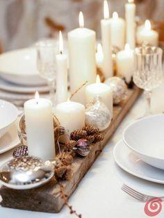 Houten plank steigerhout of driftwood  Kaarsen en spullen die bij je tafel thema past. Op de plank met een lijmpistool plakken waar nodig