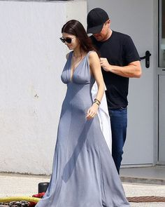 Leonardo DiCaprio and girlfriend Camila Morrone looked smitten as they boarded a yacht during a break in the actor's busy schedule at the Cannes Film Festival on Thursday. Famous Instagram Models, Leonardo Dicaprio Girlfriend, Actress Eva Green, Star Fashion, Fashion Outfits, Women's Fashion, Camila Morrone, Blonde Actresses, Celebrity Style Inspiration
