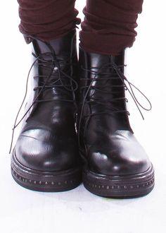 Schuhe von RUNDHOLZ bei nobananas mode #nobananas #rundholz #rundholzblacklabel…