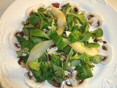 Birnen - Feldsalat mit Bacon und Gorgonzola, ein schönes Rezept aus der Kategorie Eier & Käse. Bewertungen: 24. Durchschnitt: Ø 4,2.