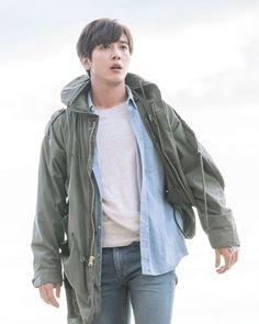 "ThePackage #정용화 #YongHwa #CNBLUE #씨엔블루"""
