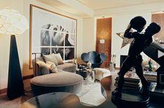 Francois Catroux interior. Vladimid Kagan sofa and Ron Arad steel lounge chair. www.thesophisticatedgentleman.com