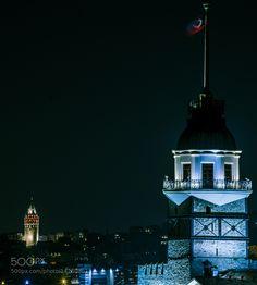 Kız Kulesi ve Galata / Maiden's Tower and Galata by bozukkadraj. @go4fotos