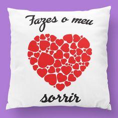 Almofadas para o dia dos namorados. 😍 #zizimut #funnytshirts #tshirts #hoodies #sweatshirt #giftshops #personalizedgifts #personalizadas #porto🇵🇹 #tshirtshop #almofadas #pillows #diadosnamorados #valentinesday #amor #love #prenda #presente #gift #coração #heart