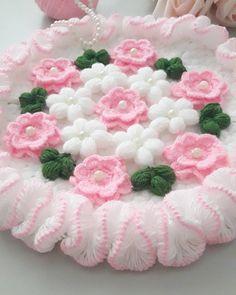 Crochet Girls Dress Pattern, Crochet Flower Patterns, Crochet Flowers, Crochet Tablecloth, Crochet Doilies, Crochet Stitches, Crochet Home, Free Crochet, Weaving Patterns