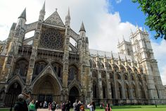 A description of the Westminter Abbey history, evolution and the acrhitectural features as well as its use and relevance in the city of London.
