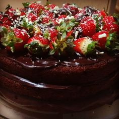 Chocolate Naked Cake - made by Doce Saudade