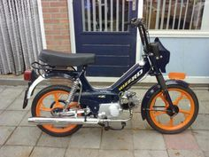 Cool! Tomos Moped, Mopeds, Cars And Motorcycles, Hero, Bike, Cool Stuff, Vehicles, Bicycle, Rolling Stock