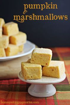Pumpkin Marshmallows -- homemade marshmallow recipe that are made with pumpkin coffee creamer! Drop one or two into your coffee or hot chocolate for a fun fall treat!