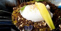 Cremoso de calabaza y naranja, migas de chocolate y helado de yogur y queso, restaurante Arbidel.