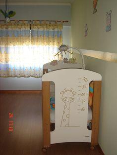 Cama Girafa da Trama. Decoração Baby Zoo.