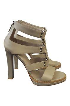 d27f845cb1ec GUCCI Cream Gladiator Sandals (37.5) – The Freperie
