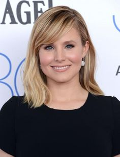 Kristen Bell's skin looks radiant when dusted with soft, peach blush. Her liquid liner and nude lip are also classics that work well for any occasion. #Celeb #Beauty