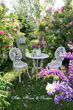 Aiken House & Gardens: Romantic Rose Garden DIY Garden Yard Art When growing your own lawn yard art, Garden Nook, Garden Cottage, Rose Cottage, Terrace Garden, Beautiful Gardens, Beautiful Flowers, Romantic Roses, Romantic Cottage, Garden Seating