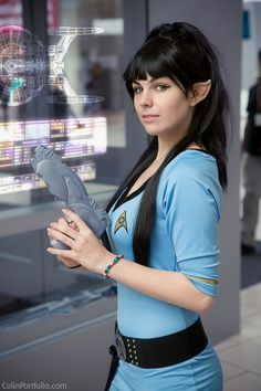 Vulcan (Star Trek) #cosplay If women really had pointy ears like that I would be completely enthralled.