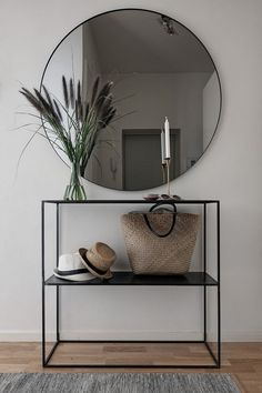 71 stylish entryway ideas you'll want to steal #entrywayideas #stylishentryway : solnet-sy.com