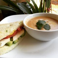 "46 Likes, 6 Comments - Karina Knight, MBA, MS, RD (@karinanutrition) on Instagram: ""🍵 Soup & 🍞 sandwich kind of day  Tomato-based soup with corn, peppers & potatoes with a 1/2…"""