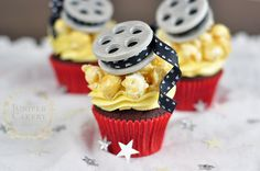 Finish a movie night with film reel cupcakes using this tutorial