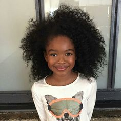 Image about beautiful in cheveux💇🏾🙆🏼 by Badgirl_frizzy Cute Black Babies, Beautiful Black Babies, Brown Babies, Beautiful Children, Cute Babies, Curly Hair Styles, Natural Hair Styles, Pelo Afro, Little Girl Hairstyles