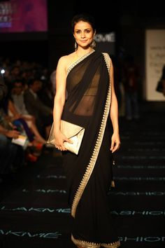"Anita Dongre showcases ""Jaipur Bride"" at Lakmefw... love this black saree... just wow!"