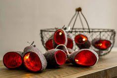 Luminaires en laine feutrée par Ekaterina Galera - Journal du Design