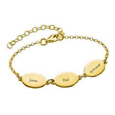 Gold Plated Mom Bracelet with Kids Names - Oval Design Mothers Bracelet, Name Bracelet, Name Necklace, Bracelet Making, Charm Bracelets For Girls, Link Bracelets, Jewellery Shop Design, Jewelry Shop, Special Gifts For Mom