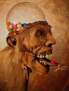 Halloween Horror Gumball Machine2