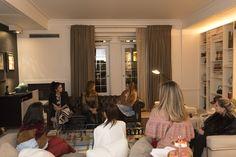 A ideia de reunir cinco Top Influencers do fashion team F🌟Hits com o irretocável mentoring de #AliceFerraz, deixa claro como cada biotipo e personalidade pode interpretar as tendências propostas pela diretora criativa Cristina Salomão. Uma noite muito especial para trocar experiências e novidades. Acompanhem as fashion news com a gente!😉    PH:: @vianaleandro    #nyfw #fhits #aliceferraz #Iam #SoulRS #reginasalomao #thepierreny #inverno2017#fashionmeeting #fashionnews #newcollection
